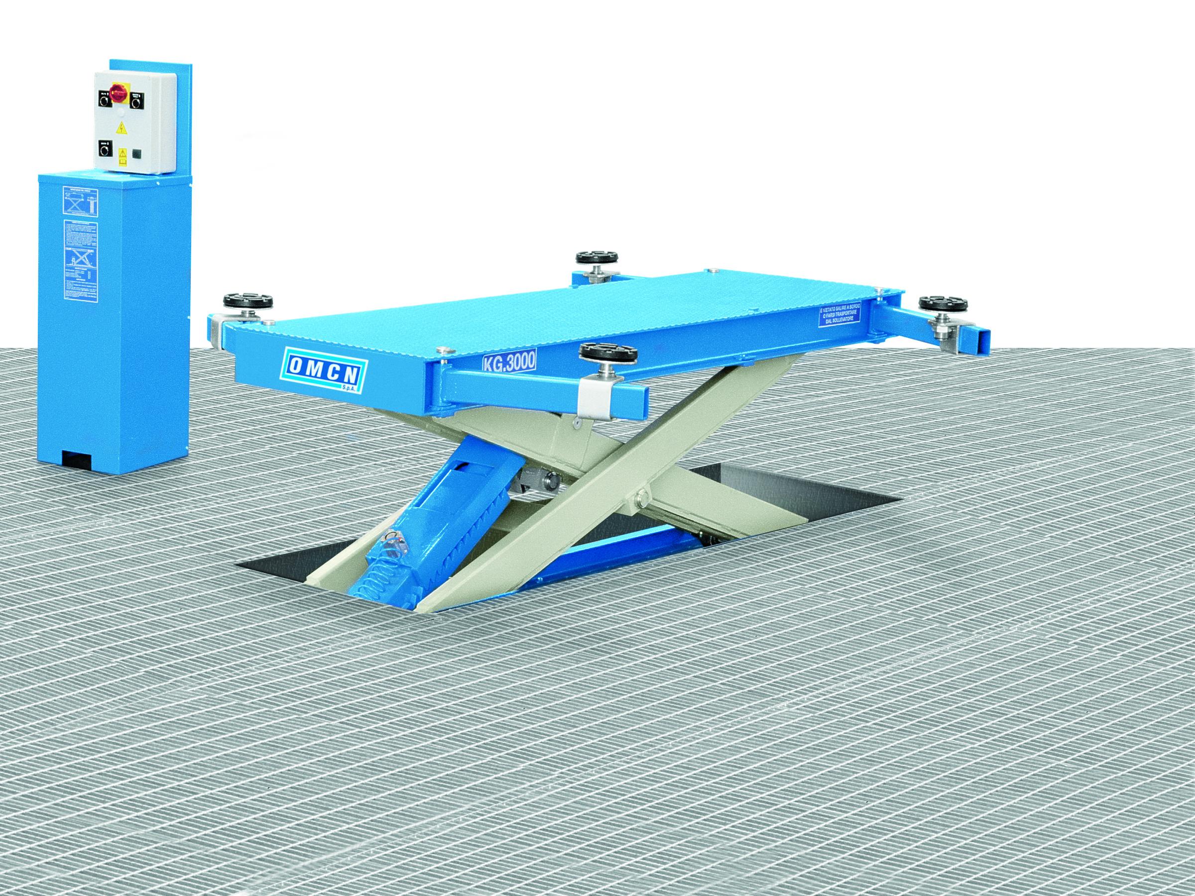 Ponte sollevatore elettroidraulico a forbice omcn 540 a a for Ponte sollevatore a forbice